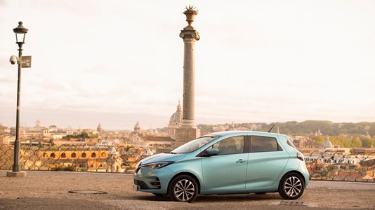 21240982 RENAULT ZOE THE SOUND OF CHANGE